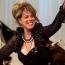 Արցախում է Լյուբով Կազարնովսկայան. Բաքվում նեղացել են՝ երգչուհին անտարբեր է նրանց «սև ցուցակի» հանդեպ