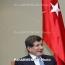 Турция не собирается в ближайшем будущем начинать военную операцию в Сирии, заверяет Давутоглу