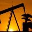 Доходы госбюджета Азербайджана от нефти за полгода упали на четверть, валютные резервы ЦБ – на 38%
