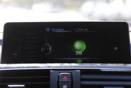 Автомобили BMW будут выводить на приборную панель обратный отсчет сигнала светофора