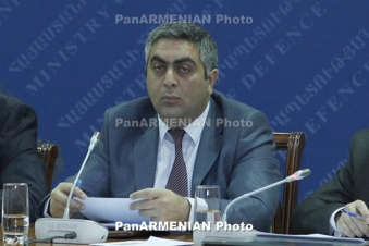 Armenian contract soldier killed in Azeri shelling