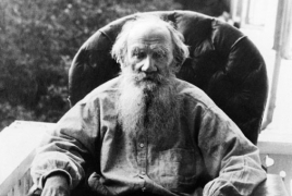 "Russia launches 4-day marathon reading of Tolstoy's ""War and Peace"""