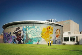 Van Gogh Museum's anniv. year ends with record number of visitors