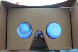 Google wants to make own VR hardware, report says