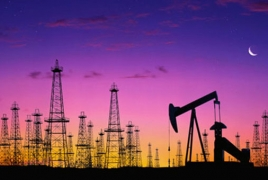 Oil prices rise amid improving global outlook