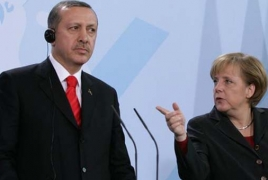 Merkel to use Turkey visit to soothe tensions over EU migrant deal