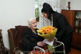 Municipality official visits the only 3 Genocide survivors in Yerevan