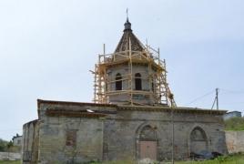 В Феодосии реконструируют средневековый армянский храм