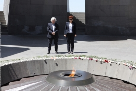Spanish MEP visits Armenian Genocide memorial in Yerevan