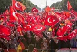 Немецкие турки провели акцию отрицания Геноцида армян в Берлине