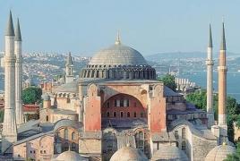 МИД Греции: Турция ещё не находится в 21 веке и в современной цивилизации
