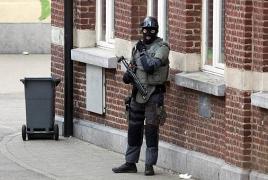 """Belgium arrests bomb suspect wearing """"fake suicide belt"""""""