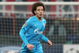 Chelsea join race for Belgium's Axel Witsel