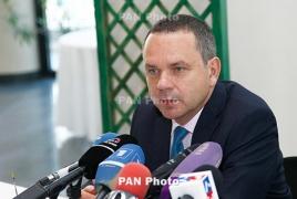 Посол Франции в РА надеется на быстрое и мирное разрешение ситуации с захватом полка ППС в Ереване