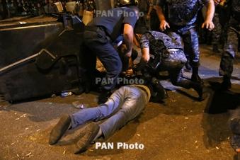 По факту полицейского произвола в Ереване возбуждено уголовное дело