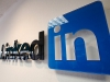 LinkedIn for Android, iOS lets you search by topic, article, or hashtag