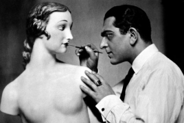 Karl Schenker's glamorous images on view at Museum Ludwig