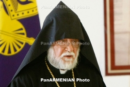 Catholicos Aram I arrives in Armenia ahead of its 25th Independence Day