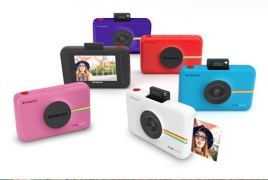 Polaroid's digital camera with inkless printing to ship in October