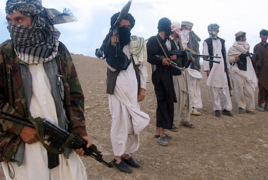 Kerry urges Taliban to strike