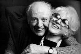 Nobel-winning Italian playwright Dario Fo dies at 90