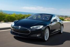 Tesla Model S best-selling U.S. luxury sedan