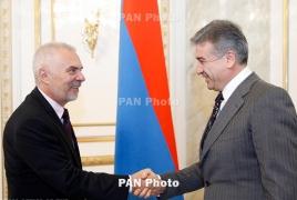 Свитальский - премьеру РА: ЕС готов помогать правительству Армении в вопросах реформ
