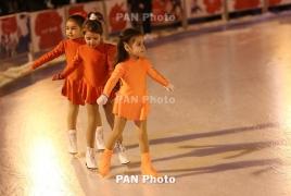 Юные армянские спортсмены участвуют в соревнованиях по фигурному катанию в Сочи
