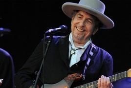 Боб Дилан впервые прокомментировал получение Нобелевской премии