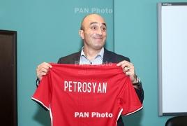 Գլխավոր մարզիչ. «Ցանկացել եմ տեսնել հավաքականում Յուրա Մովսիսյանին, բայց Հայրապետյանի պատասխանը գիտեք»