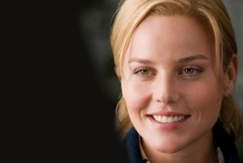 "Abbie Cornish, Dylan Gelula starring in psychological thriller ""Puberty"""