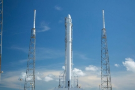 SpaceX seeks U.S. approval for high-speed, global web coverage