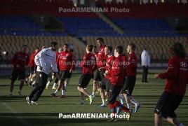 Армения проведет товарищеский матч с Узбекистаном в Турции