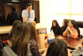 VivaCell-MTS educates students on company values, business model