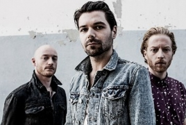 """Biffy Clyro frontman opens up about his upcoming """"solo"""" album"""