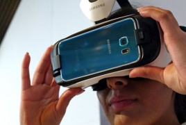 Samsung working on own HoloLens, says new Gear VR coming soon