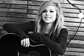 Avril Lavigne to release sixth album in 2017