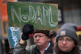 U.S. authorities clear pathway for controversial Dakota pipeline