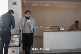 На Конституционном референдуме в Карабахе к ,,,