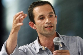 French socialist Hamon picks up new backing in presidential race