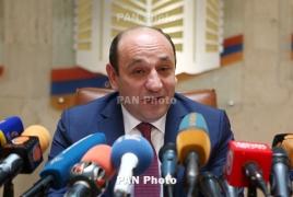 Министр экономразвития Армении обсудил с Мантуровым взаимодействие в сельхозмашиностроении