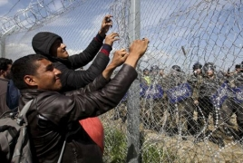 """Turkey threatens to send """"15,000 refugees a month"""" to Europe"""