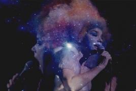 "Björk shares music video for ""Vulnicura"" track ""Notget"""