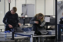 LA airport fails to spot gun in hand luggage