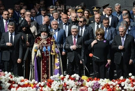 Armenian leadership commemorates Genocide victims at Tsitsernakaberd