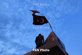 Turkey detains 1,000