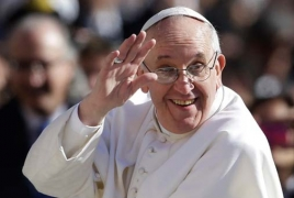 Pope Francis arrives in Cairo to mend ties with Islam