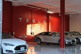 Маск планирует запустить продажу кроссовера Tesla Model Y на новой платформе к 2020 году
