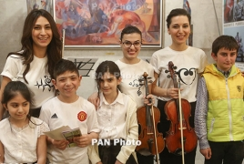 Otri Trio performs for children with disabilities