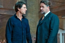 """Russell Crowe as monstrous Mr. Hyde in new """"The Mummy"""" featurette"""